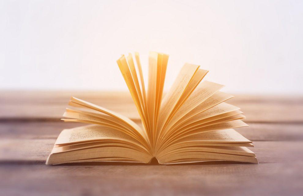 Thói quen đọc sách là khởi đầu thành công
